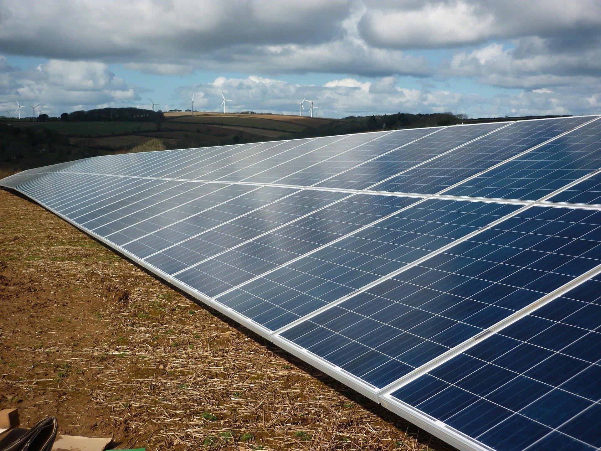 Should You Sell Or Lease Land For A Solar Farm Ysg Solar Ysg Solar
